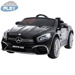 Sähköauto Mercedes-Benz...