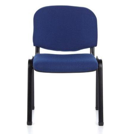 Sininen tuolisetti kokoustilaan