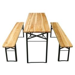 Pöytä ja penkit