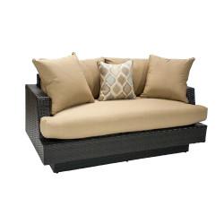 Sohva STELLA tyynyillä...