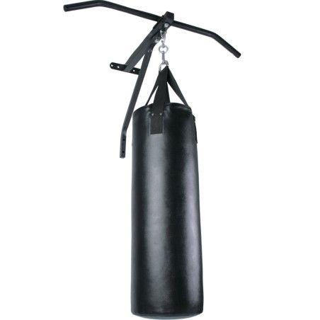 Leuanvetotanko nyrkkeilysäkillä