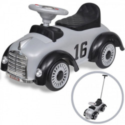 Lasten istuttava leluauto...