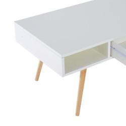Valkoinen sohvapöytä