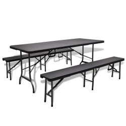 Puutarhapöytä 2:lla...